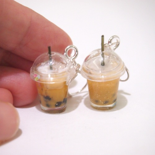 1.5 hours  Bubble Tea Earrings Workshop