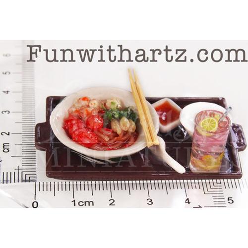 Dollhouse Miniature Chinese wonton noodles set.