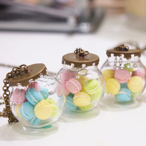 Miniature Food Jewelry Workshop - Macaron in Glass Globe Necklace