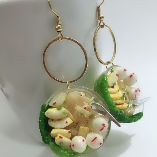 Miniature Food Jewelry - Fishball Noodle