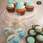 Cupcake with Macaron Party Set