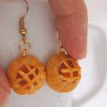 Workshop for 2 pax- Pineapple Tart dangle and Bak kwa Earring studs.