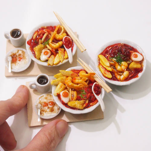 Miniature Food-Singapore Laksa