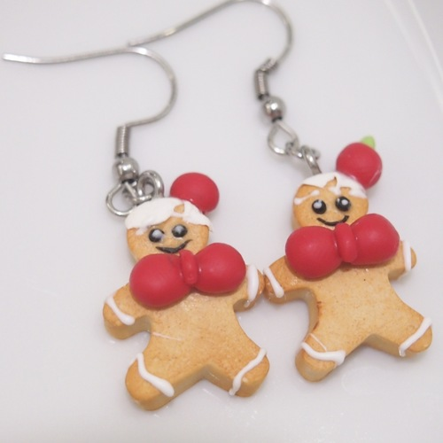 Jewelry-Christmas Gingerbreadman Dangling Earrings