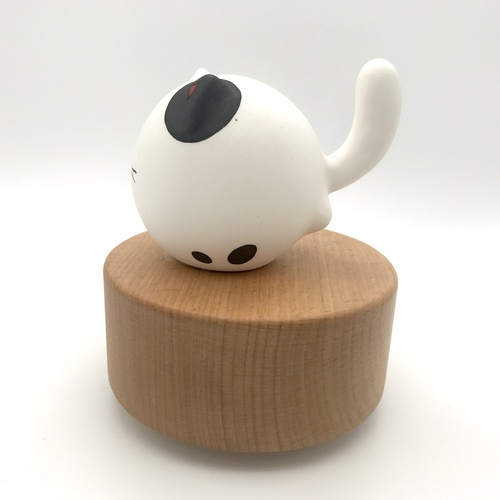 Big Tail Porcelain Cat Music Box Little Ink