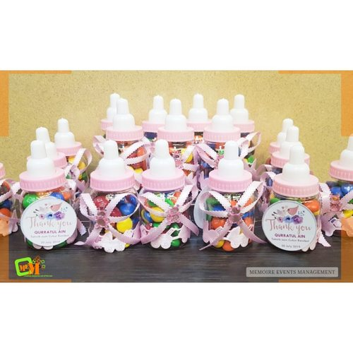 Mini Baby Bottles with Chocolate Buttons