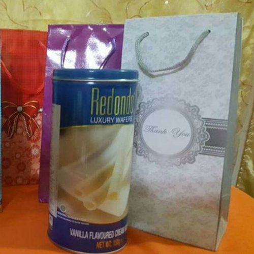 Redondo Luxury Cream Wafers 150g (with packaging in carrier bags)