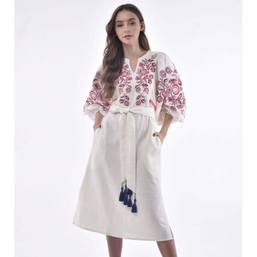Luxurious white linen dress with fuchsia floral embroidery