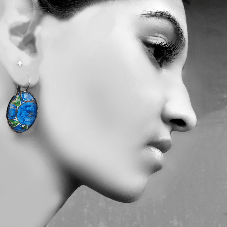 Oval, Lever back earrings -  Naqashi, Kashmir Gul Andar Gul