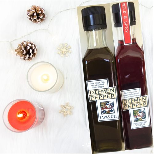 Pepperberry Infused Oil & Vinegar Set