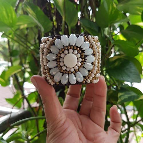 Bohemian bangle White