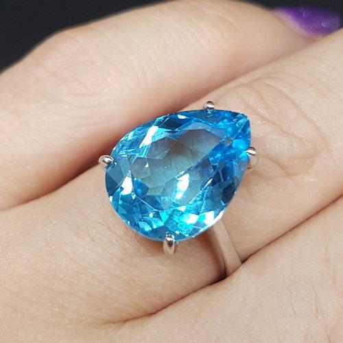 Jenny's *Swiss Blue Topaz