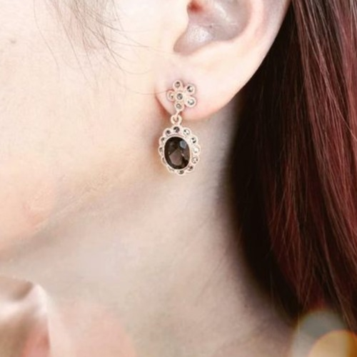 Victoria Dangling in Sapphires