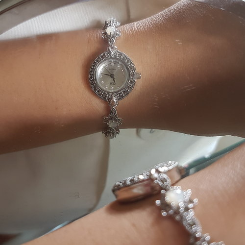 Pearly Silver Watch (HW078)