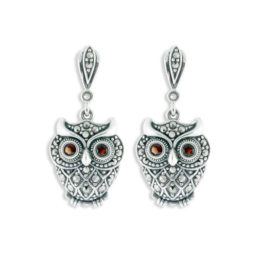 Owl earrings Sitting