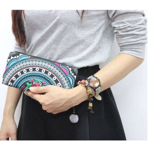 Embroidery Wallet *Black & White