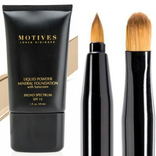 Motives Liquid Powder Mineral Foundation SPF15  Lip Brush Gift Set