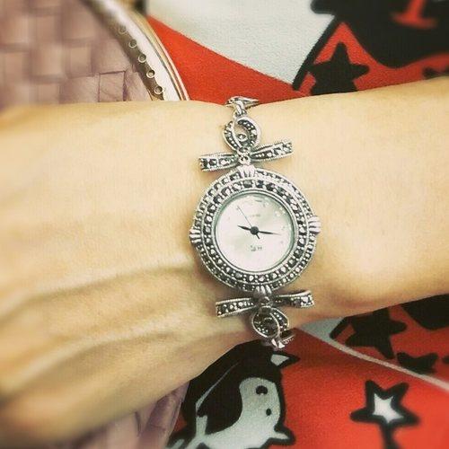Ribbon Silver Watch (HW130)