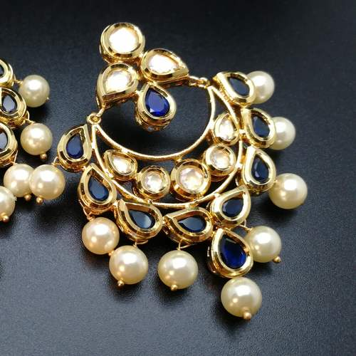 Classic Blue kundan danglers with pearls.
