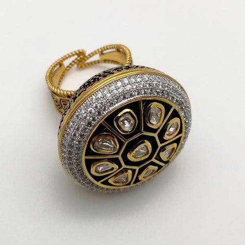 Borla Kundan Studded Ring