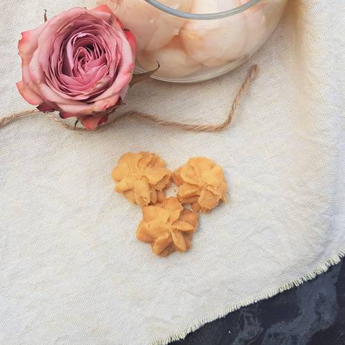 Lychee Rose Butter Cookies