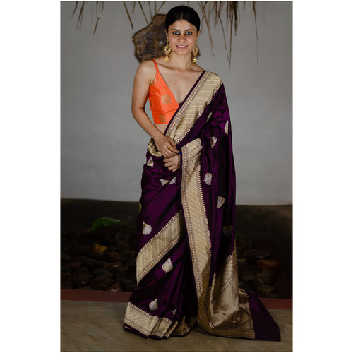 Pure handwoven katan silk in double kaddwa motifs ..