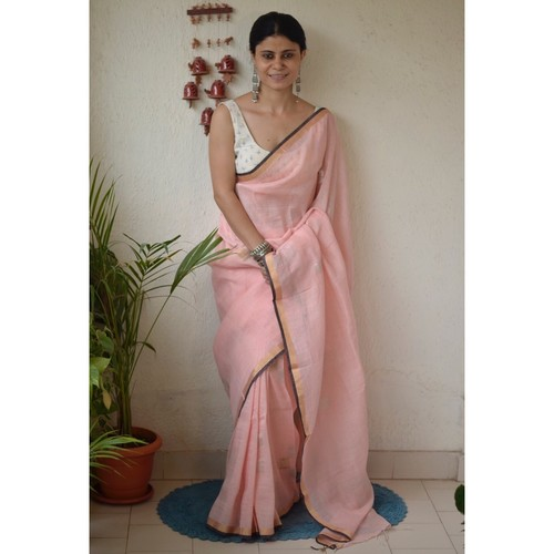 Handwoven jamdani linen saree.