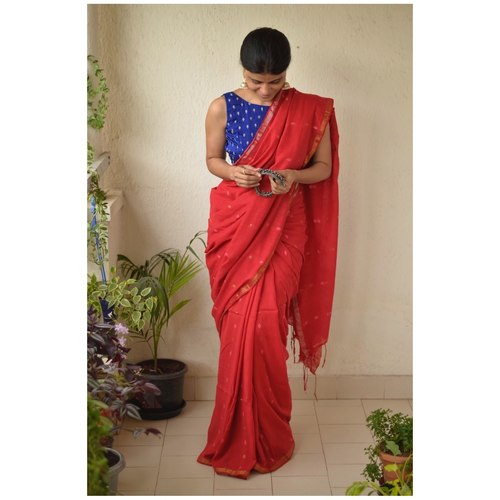 Handwoven muslin cotton saree with bootis.