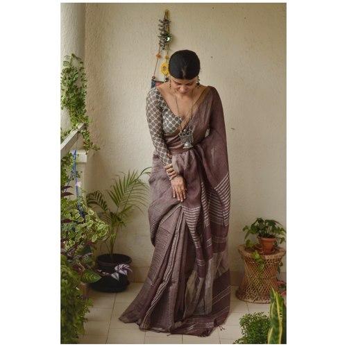 Handwoven linen saree with jari