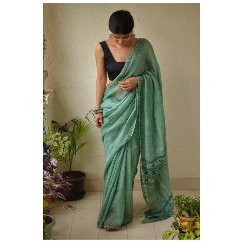 Handwoven muslin line jamdani saree