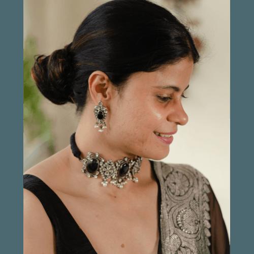 Handmade pure black kundan chokar