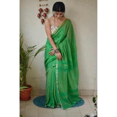 Handwoven muslin cotton saree with jari blended