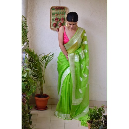 Handwoven kadiyal chiffon banarasi saree with silver jari.