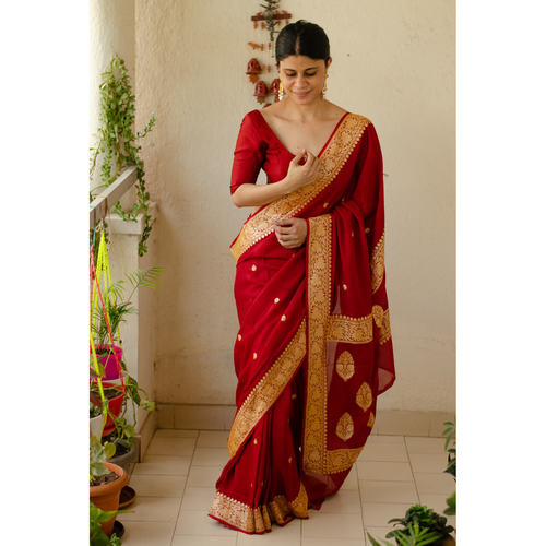 Handloom kadwa antique jari motifs georgette silk banarasi saree.
