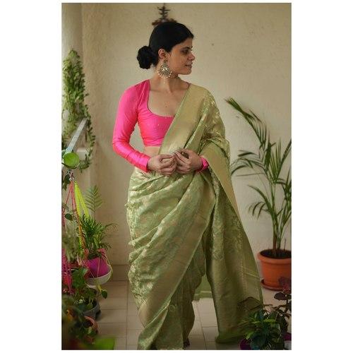 Handloom Kadhiyal  jaal jari motifs katan silk banarasi saree.