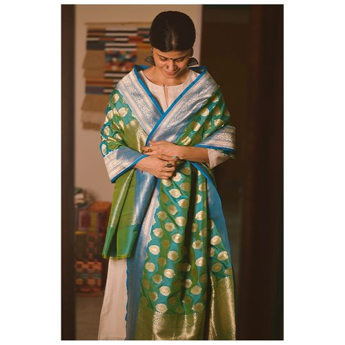 Handllom katan silk dupatta with kaduwa jari motifs