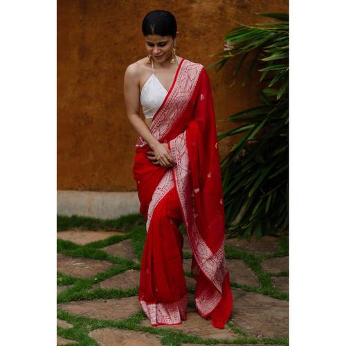 Handwoven Rupa Booti khaddi banarasi chiffon saree.