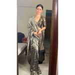 Handwoven Twill  jamdani linen saree blended with tissue