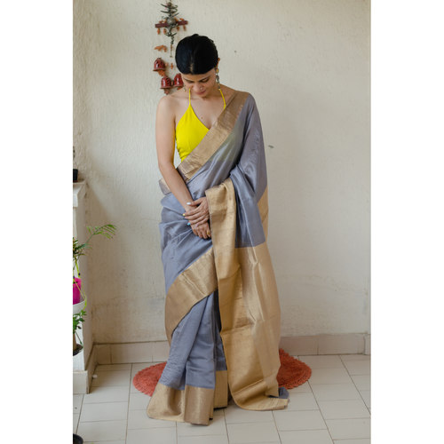 Handloom soft pattu silk with gold jari border