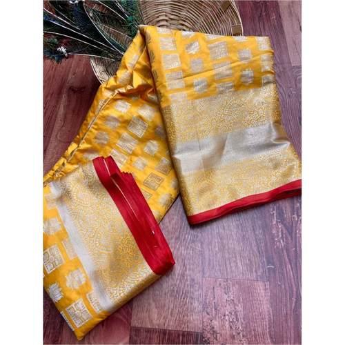 DL21 - Lichi Soft Silk Saree
