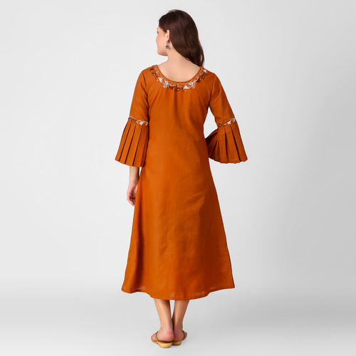 Ochre Yellow Zari Embroidered Pleated Sleeve Kurta