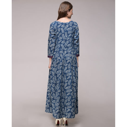 Leaf Print Pleated Maxi