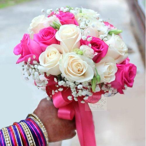 Wedding Car Décor                                                                                Fresh Flowers  Rose Theme