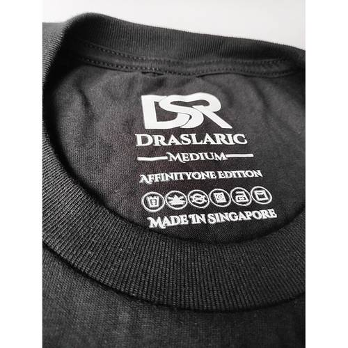 Image of the inner back view of Draslarics AF1 Double Hearts t-shirt for Unisex with the logo of Draslaric, the size, the edition, the washing instructions, and lastly, made in Singapore.