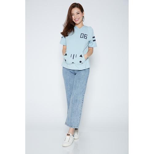 06 Cat T-shirt with Cap