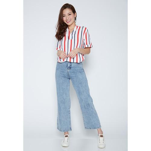 Wide-legged Denim Jeans