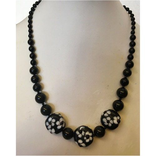 Black Dahlia fashion necklace