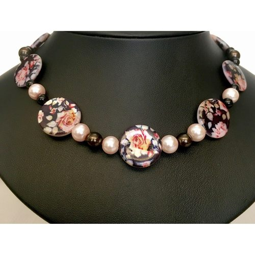 Pink Roses Galore fashion necklace
