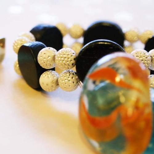 Black and White Bracelet For Women.