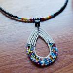 white Pendant Beaded Necklace